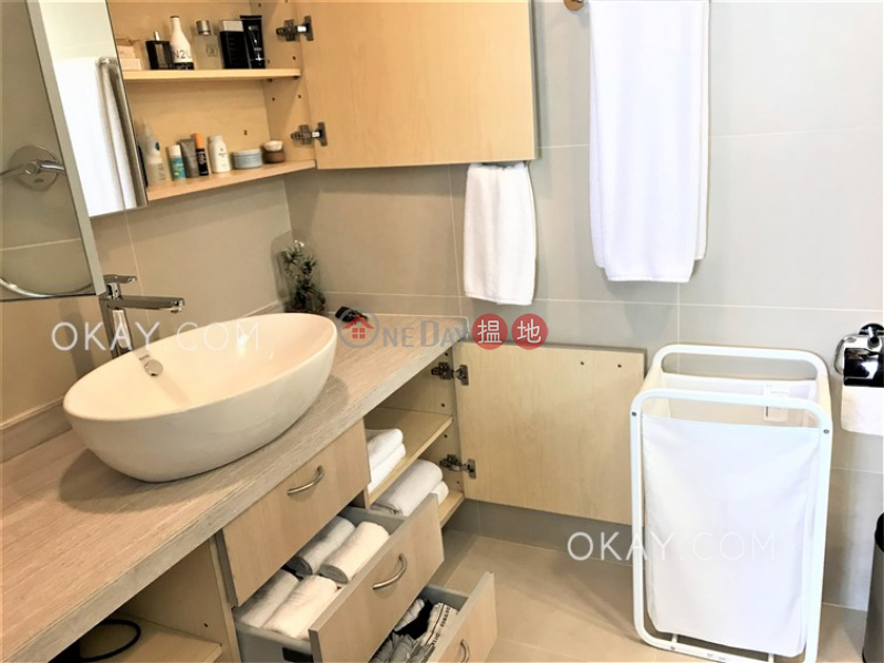Stylish 4 bedroom with balcony & parking | For Sale | 41 Repulse Bay Road | Southern District Hong Kong | Sales, HK$ 88M