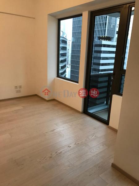 HK$ 19,500/ month   L\' Wanchai   Wan Chai District L\'Wan Chai studio For Rent