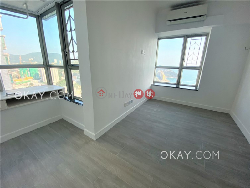 Property Search Hong Kong | OneDay | Residential, Sales Listings, Stylish 3 bedroom on high floor with sea views | For Sale