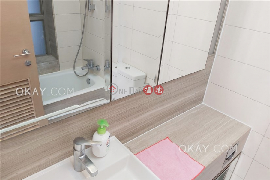 HK$ 29,800/ month Island Crest Tower 2, Western District Intimate 2 bedroom on high floor with balcony | Rental