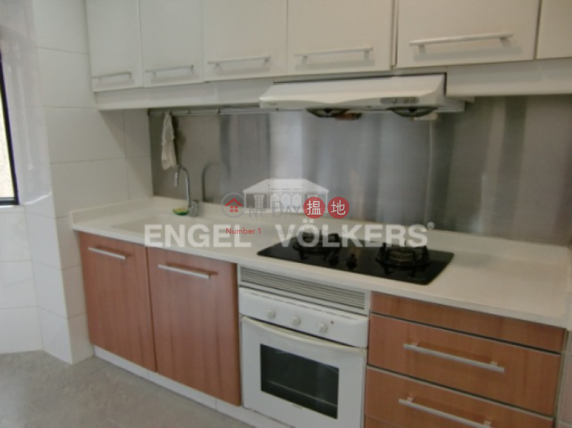 3 Bedroom Family Flat for Sale in Mid Levels - West | Scenic Heights 富景花園 Sales Listings