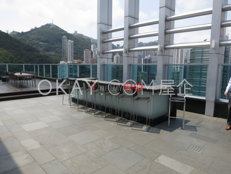 HK$ 25,000/ month | J Residence, Wan Chai District, Cozy 1 bedroom on high floor with balcony | Rental