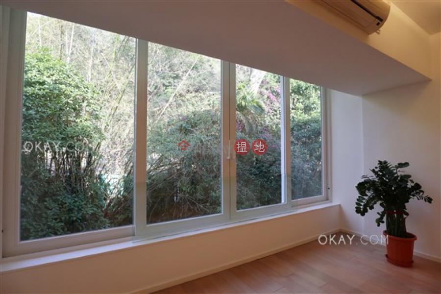 Efficient 3 bedroom on high floor with parking | Rental 98 Repulse Bay Road | Southern District Hong Kong | Rental | HK$ 65,000/ month