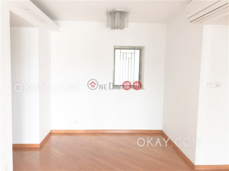Stylish 3 bedroom on high floor with balcony | Rental | The Zenith Phase 1, Block 2 尚翹峰1期2座 Rental Listings