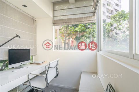 Charming 2 bedroom with balcony & parking | For Sale|Kam Fai Mansion(Kam Fai Mansion)Sales Listings (OKAY-S44573)_0