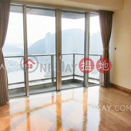 Stylish 4 bed on high floor with sea views & balcony | For Sale