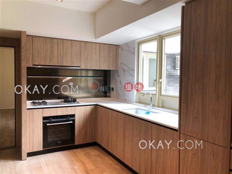 HK$ 55,000/ month St. Joan Court, Central District | Tasteful 2 bedroom in Mid-levels Central | Rental