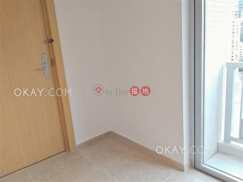 香港搵樓|租樓|二手盤|買樓| 搵地 | 住宅|出租樓盤2房1廁,極高層,星級會所,露台《RESIGLOW薄扶林出租單位》