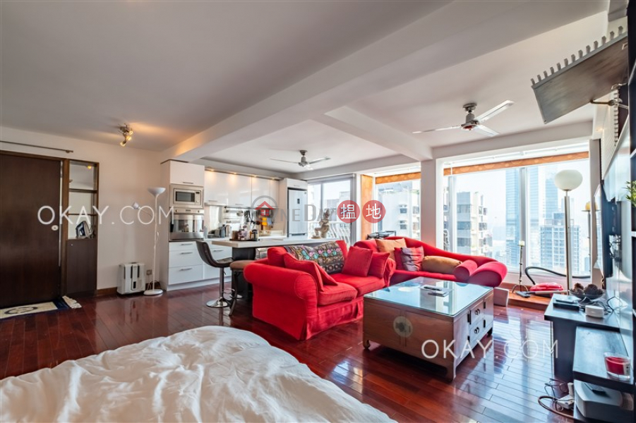 0房1廁,實用率高,極高層,可養寵物《堅都大廈出租單位》-80-88堅道 | 西區香港出租|HK$ 35,000/ 月