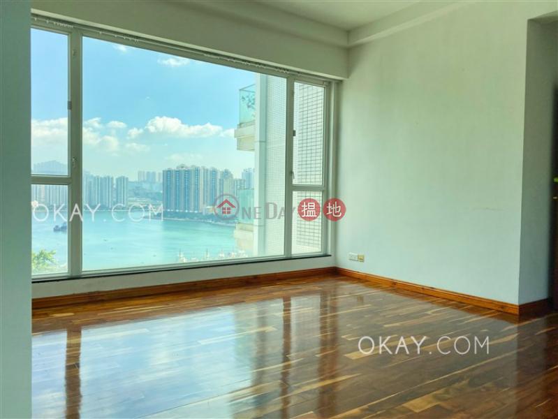 HK$ 33,800/ month, One Kowloon Peak | Tsuen Wan Tasteful 4 bedroom with balcony & parking | Rental