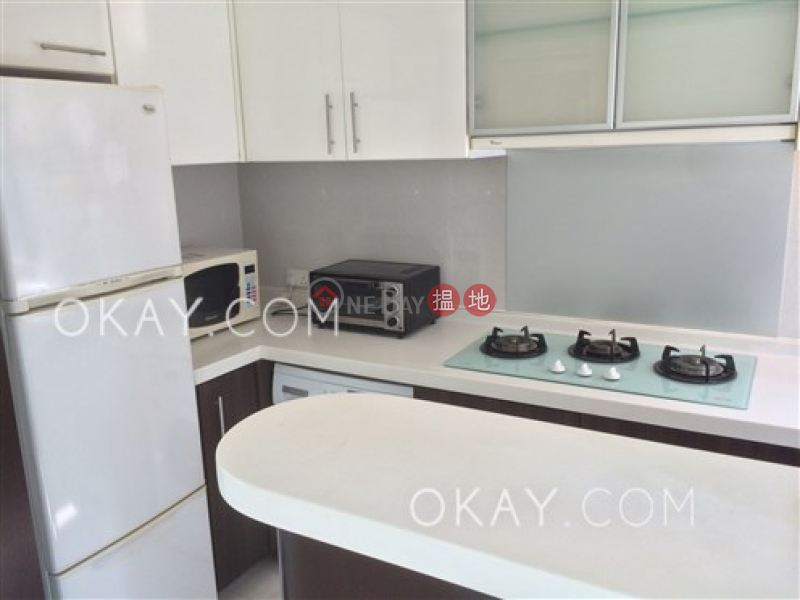 Gorgeous 3 bedroom with sea views & parking | Rental, 117 Caine Road | Central District | Hong Kong, Rental HK$ 38,000/ month