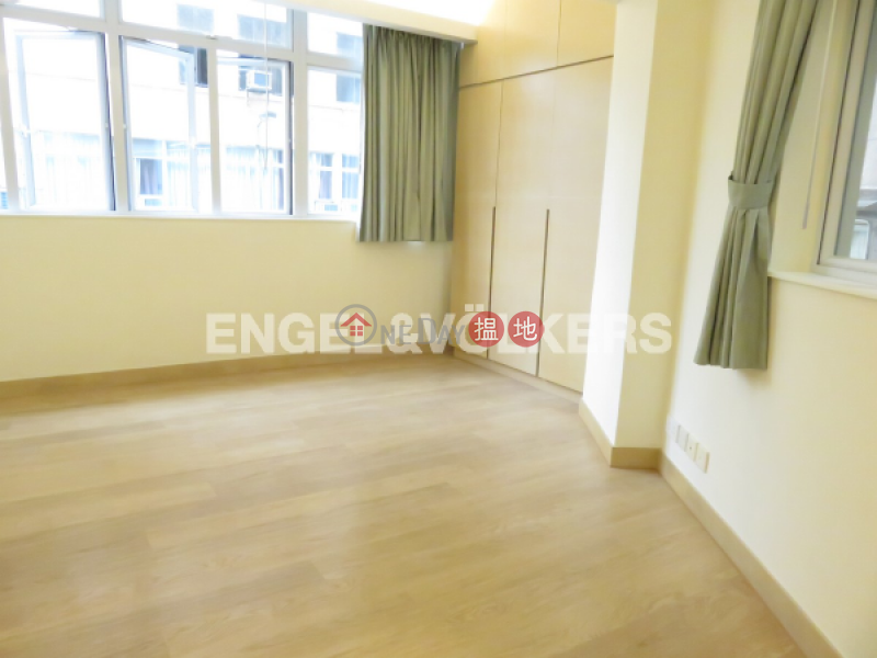 HK$ 12.6M Peace House, Wan Chai District, 2 Bedroom Flat for Sale in Happy Valley