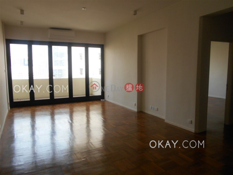 HK$ 64,000/ month Best View Court Central District Beautiful 3 bedroom with balcony & parking | Rental