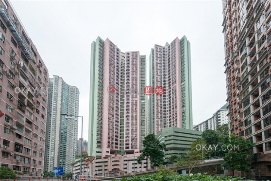Property Search Hong Kong | OneDay | Residential Sales Listings, Luxurious 3 bed on high floor with harbour views | For Sale
