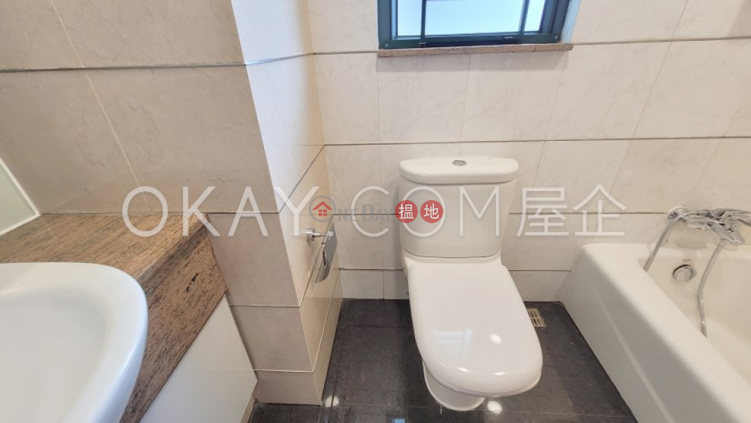 HK$ 43,500/ month 9 College Road, Kowloon Tong, Elegant 3 bedroom with balcony | Rental