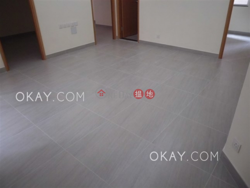 HK$ 30,000/ month, King\'s Way Mansion Eastern District Intimate 3 bedroom with terrace | Rental