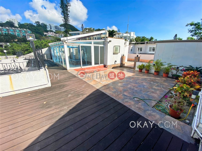 HK$ 60M | Shouson Garden Southern District | Gorgeous penthouse with rooftop, balcony | For Sale