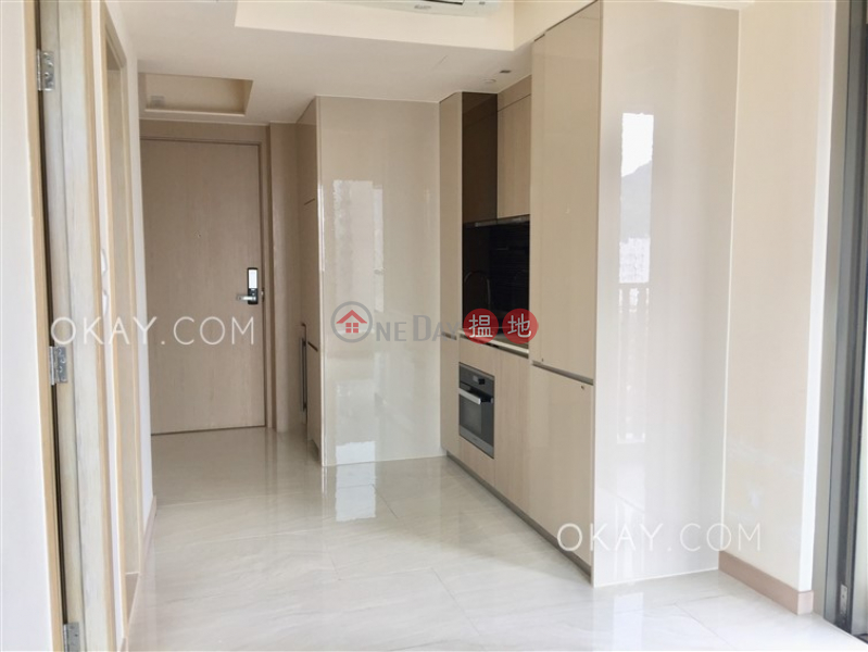 HK$ 10.28M | King\'s Hill Western District | Popular 1 bedroom on high floor with balcony | For Sale