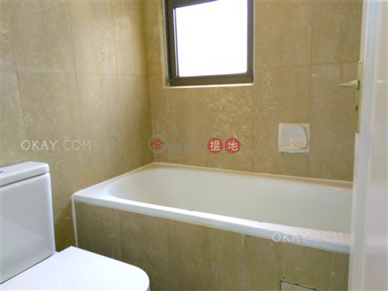 2房2廁,極高層,星級會所,連車位陽明山莊 山景園出租單位 陽明山莊 山景園(Parkview Club & Suites Hong Kong Parkview)出租樓盤 (OKAY-R40287)