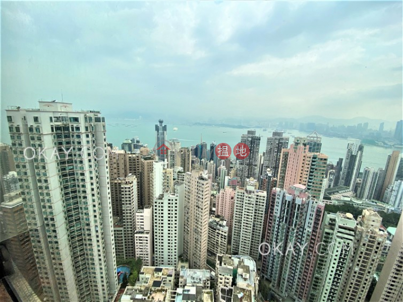 Property Search Hong Kong | OneDay | Residential Sales Listings | Charming 3 bedroom on high floor with parking | For Sale