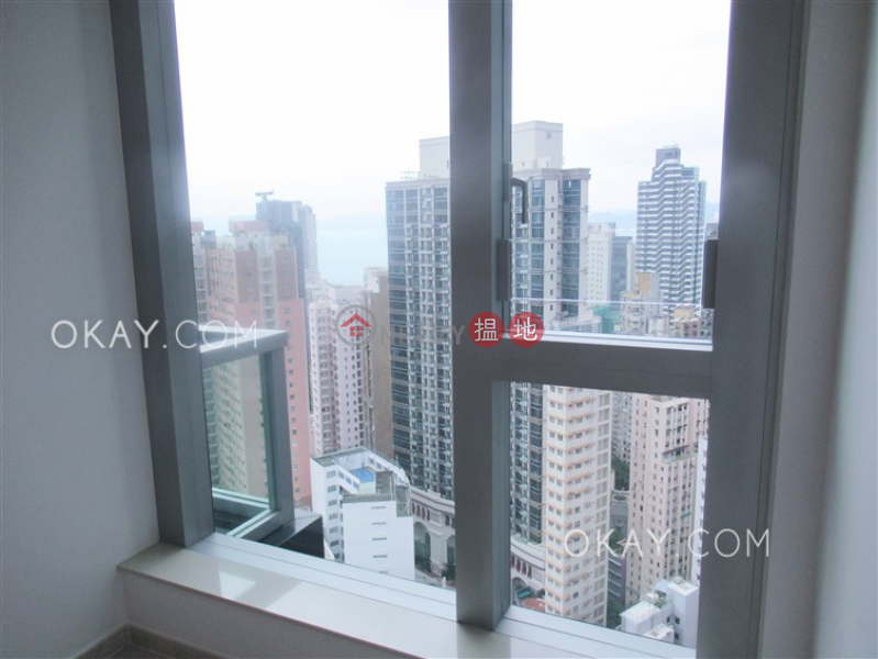 HK$ 27,000/ month | Resiglow Pokfulam, Western District Tasteful 1 bedroom on high floor with balcony | Rental