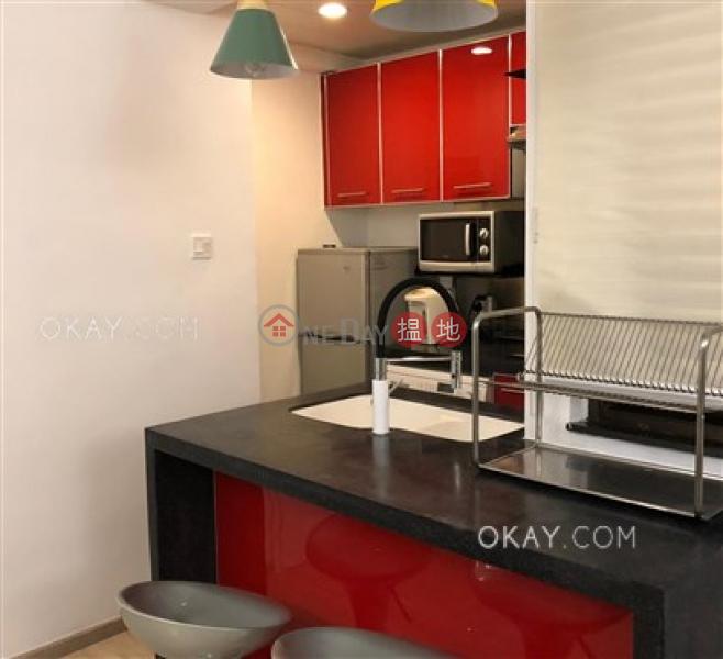 HK$ 27,000/ 月新陞大樓 中區-2房1廁《新陞大樓出租單位》