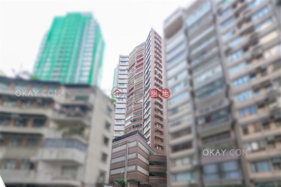 HK$ 27,000/ 月|正大花園-西區|2房2廁,實用率高,可養寵物,露台《正大花園出租單位》