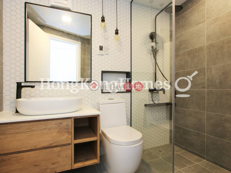HK$ 75,000/ month Emerald Court   Western District, 3 Bedroom Family Unit for Rent at Emerald Court