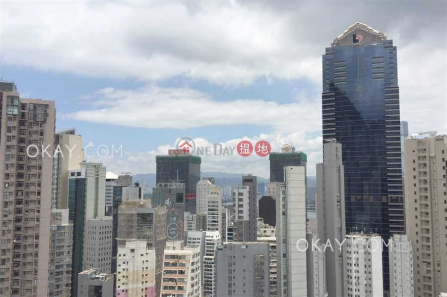 Charming 1 bedroom on high floor with balcony | Rental | 28 Aberdeen Street 鴨巴甸街28號 Rental Listings