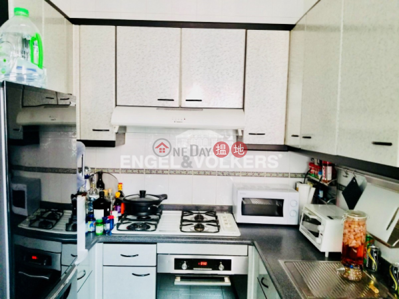 HK$ 20M Hillsborough Court | Central District | 2 Bedroom Flat for Sale in Central Mid Levels