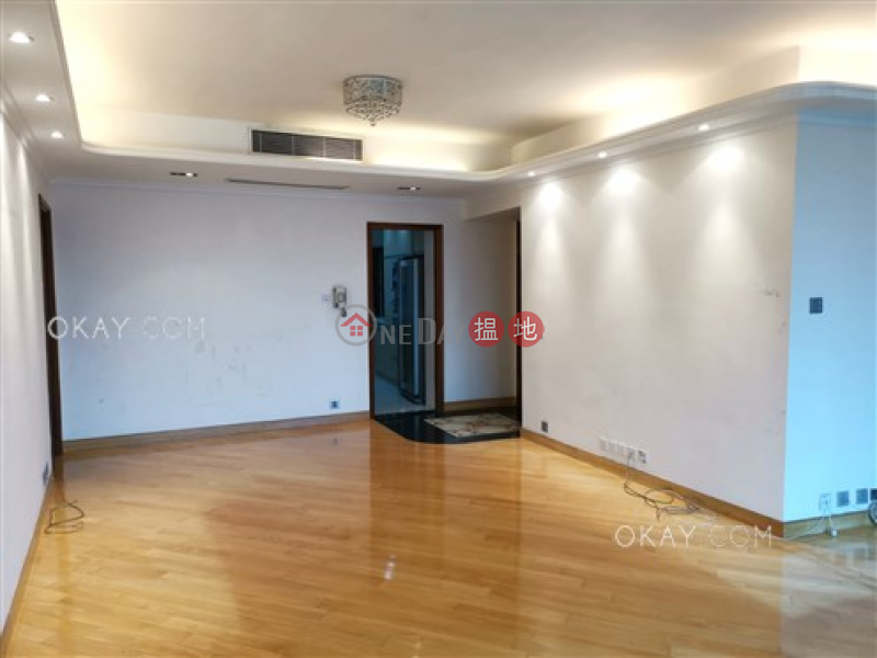 HK$ 75,000/ month Dynasty Court Central District Exquisite 3 bedroom with balcony & parking | Rental