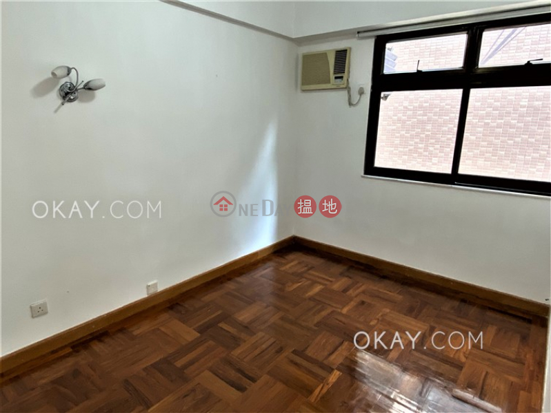 Oi Kwan Court, Low Residential | Sales Listings | HK$ 12M