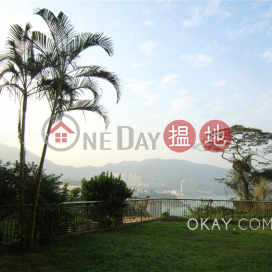 Charming 3 bedroom with sea views | For Sale