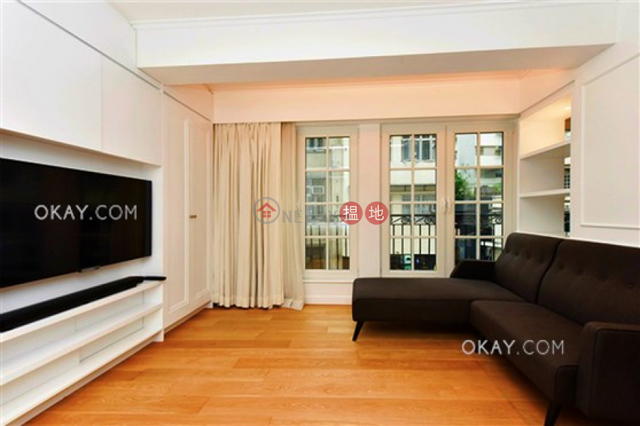 Stylish 2 bedroom in Sheung Wan | Rental, 61-63 Hollywood Road 荷李活道61-63號 Rental Listings | Central District (OKAY-R287914)