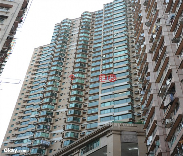 Luxurious 4 bedroom with balcony & parking | For Sale | Suncrest Tower 桂濤苑 Sales Listings