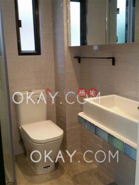 Generous 1 bedroom in Sheung Wan   Rental 40-42 Gough Street(40-42 Gough Street)Rental Listings (OKAY-R291985)_0