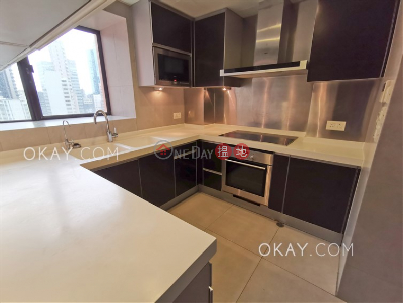 Stylish 2 bedroom with parking   Rental, The Albany 雅賓利大廈 Rental Listings   Central District (OKAY-R17466)