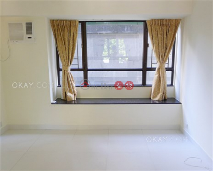 HK$ 23.8M | Gardenview Heights, Wan Chai District | Nicely kept 3 bedroom with parking | For Sale