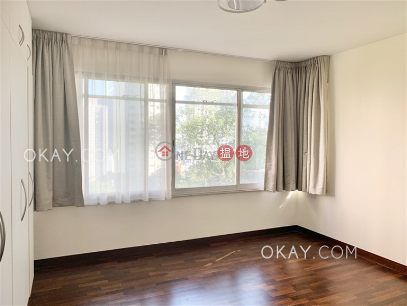 HK$ 105,000/ month, Brewin Court, Central District | Luxurious 4 bedroom with balcony & parking | Rental