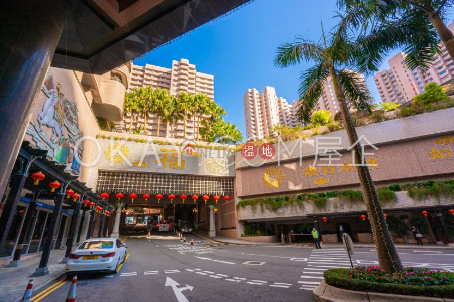 Property Search Hong Kong | OneDay | Residential | Sales Listings | Lovely 3 bedroom on high floor with rooftop & balcony | For Sale