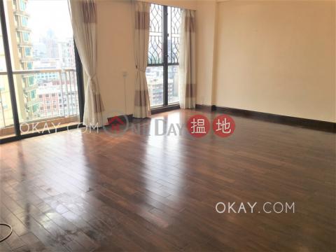 Gorgeous 3 bedroom on high floor with balcony & parking | Rental|WELLGAN VILLA(WELLGAN VILLA)Rental Listings (OKAY-R364999)_0