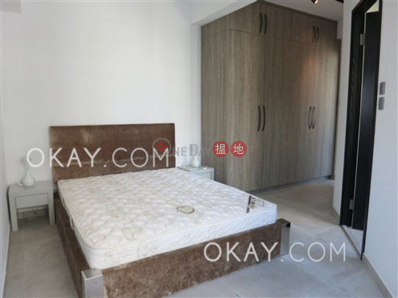 Lovely 1 bedroom on high floor with balcony | Rental | 208-214 Hollywood Road | Central District | Hong Kong, Rental HK$ 36,000/ month