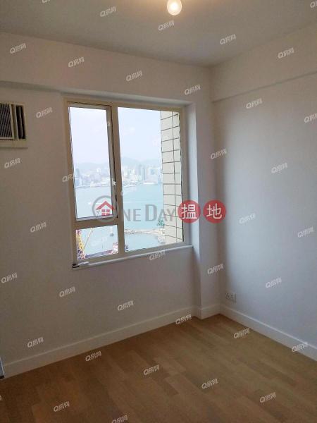HK$ 32,000/ month, Elizabeth House Block A, Wan Chai District, Elizabeth House Block A | 2 bedroom High Floor Flat for Rent