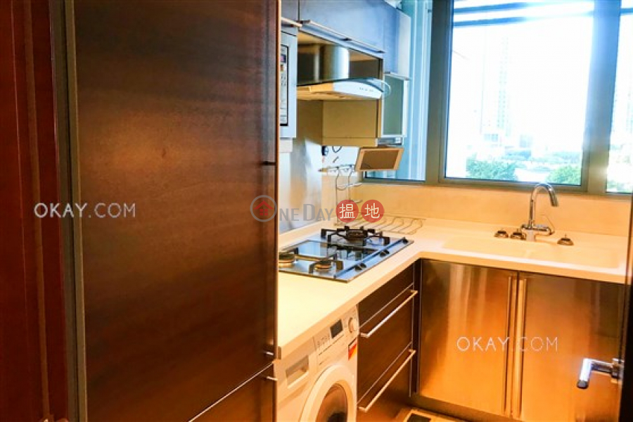 Property Search Hong Kong | OneDay | Residential | Rental Listings, Luxurious 2 bedroom in Kowloon Station | Rental