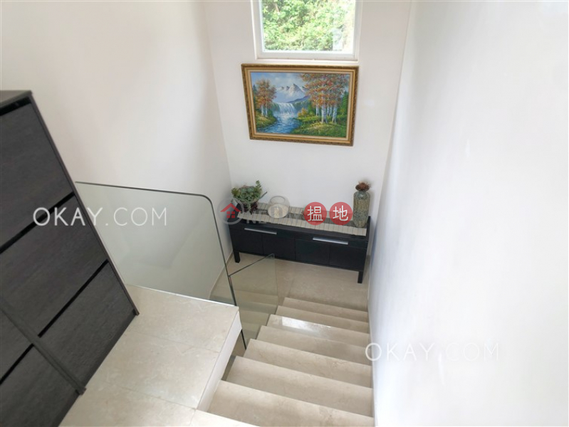 Property Search Hong Kong | OneDay | Residential | Sales Listings | Cozy house on high floor with rooftop & balcony | For Sale