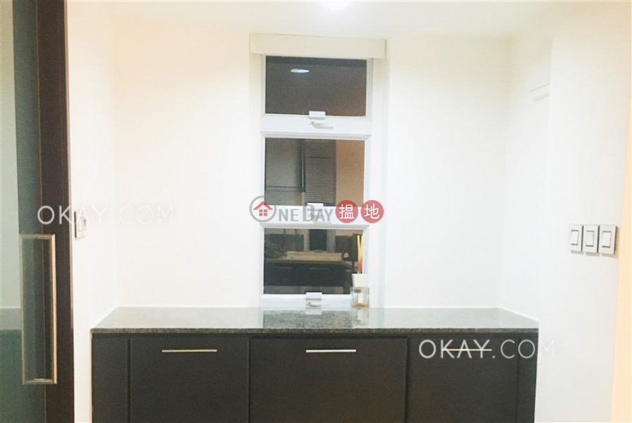 Property Search Hong Kong | OneDay | Residential, Rental Listings | Gorgeous in Mid-levels West | Rental
