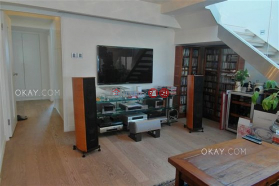 HK$ 45M Parisian, Southern District Exquisite 3 bed on high floor with rooftop & parking | For Sale