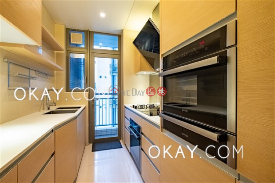 HK$ 25M, SOHO 189 | Western District Elegant 3 bed on high floor with sea views & balcony | For Sale