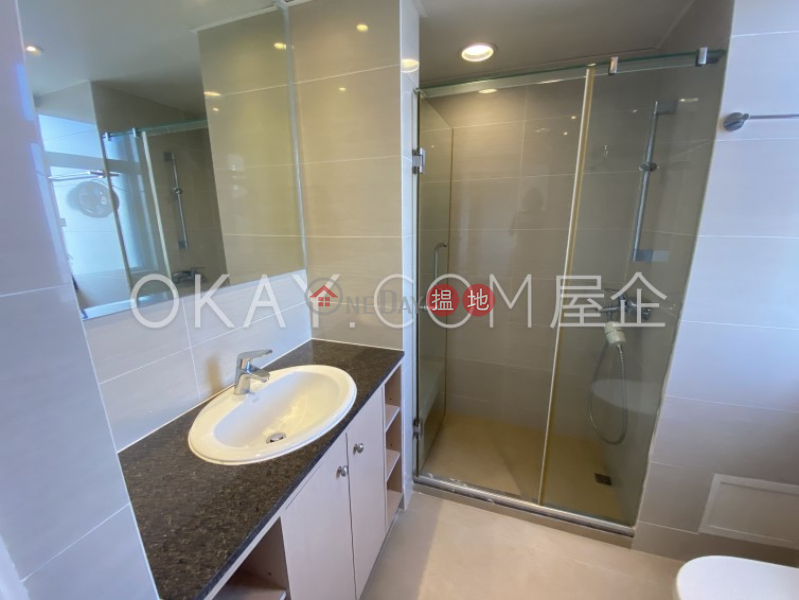 Efficient 5 bedroom with sea views, balcony | Rental | Piccadilly Mansion 碧苑大廈 Rental Listings