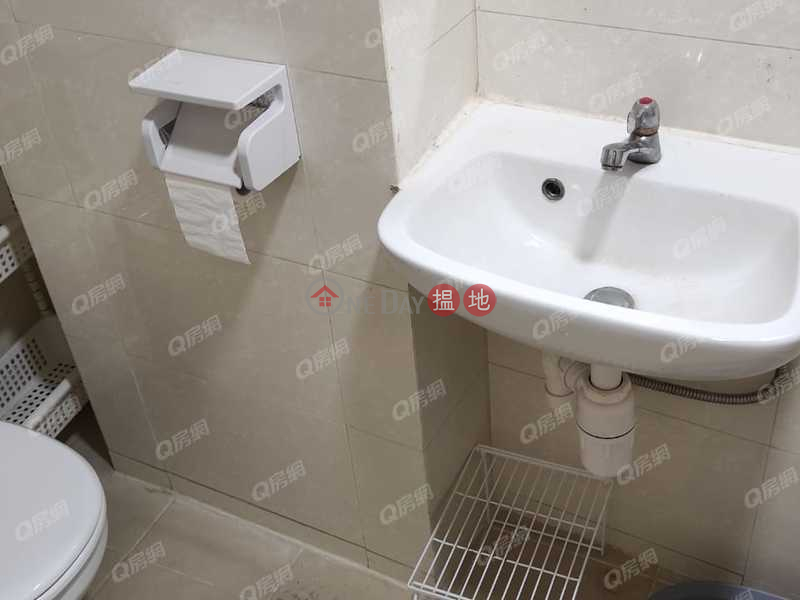 Ko Mong Building | 2 bedroom Flat for Rent | 142-146 Shau Kei Wan Road | Eastern District Hong Kong | Rental | HK$ 15,000/ month